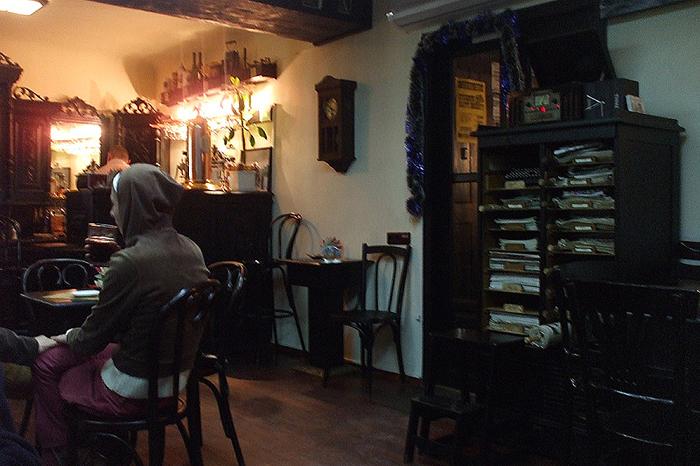 Колокольчик и литературное кафе в Черновцах