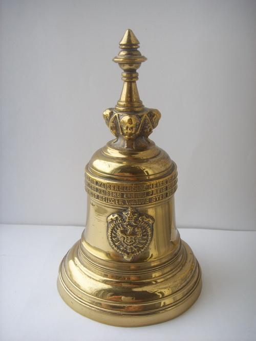 Бронзовый колокольчик – копия кайзеровского колокола из собора Кёльна