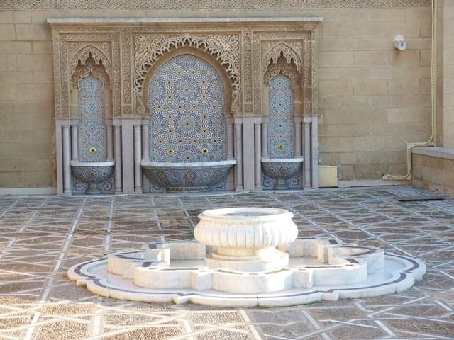 Мавзолей Мохаммеда V фонтаны