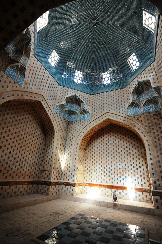 Купол и стены мавзолея Нузлумхан Сулу