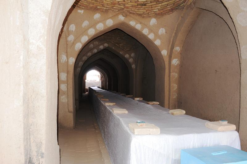 Внутри мавзолея Шамун-Наби