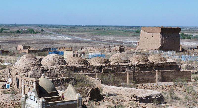 Семь куполов мавзолея Шамун-наби