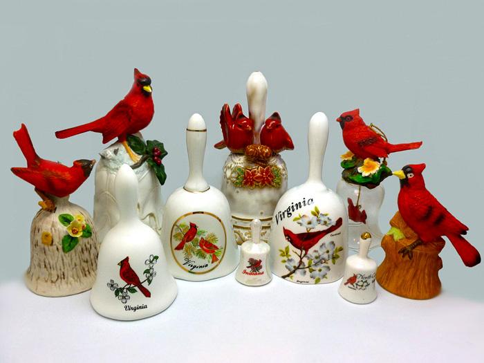 Колокольчики. Красный кардинал