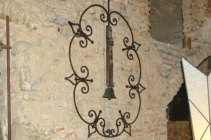 Колокольчик в Старой Буссане