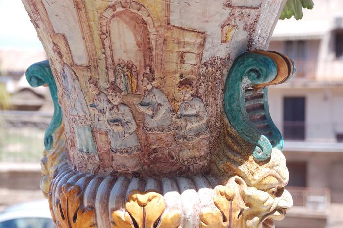 Керамические украшения в Кальтаджироне
