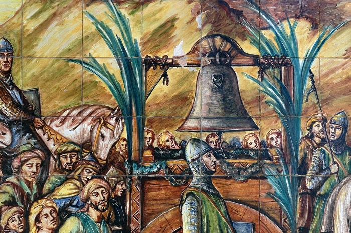 Доставка в Кальтаджироне трофейного колокола Альтавилла