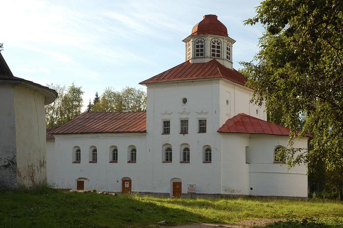 Каргополь, Введенская церковь