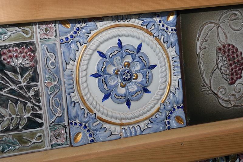 Куракинская керамика. Изразцы