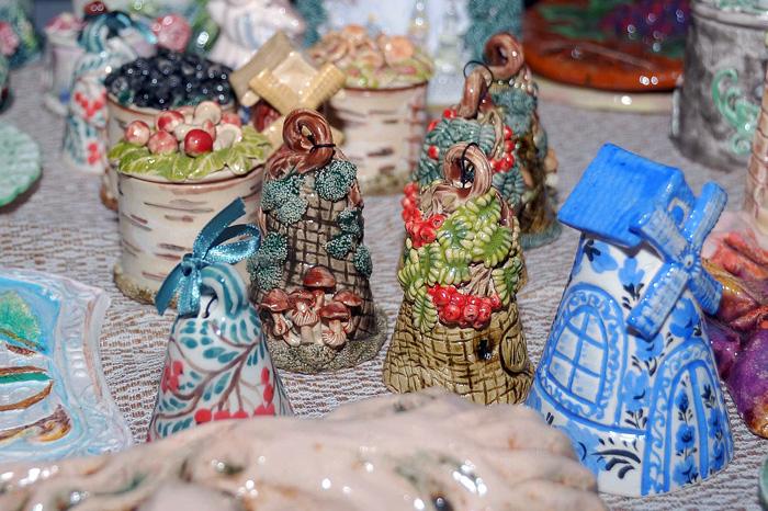 Ладья 2015. Колокольчики. Керамика из Лихославля