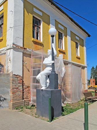 Одоев. Скульптура
