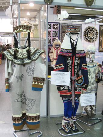 На фестивале народных промыслов Жар-птица. Одежда